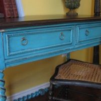 hand-painted-painted-furniture-300-200-001